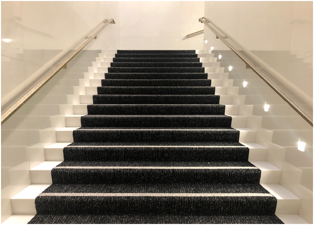 9 Things to Know Before Buying Right Carpet For Your Stairs
